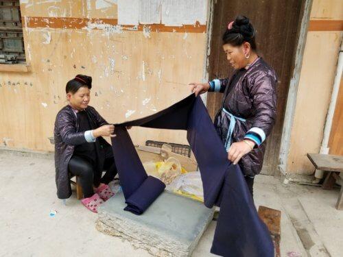 Dong fabric making