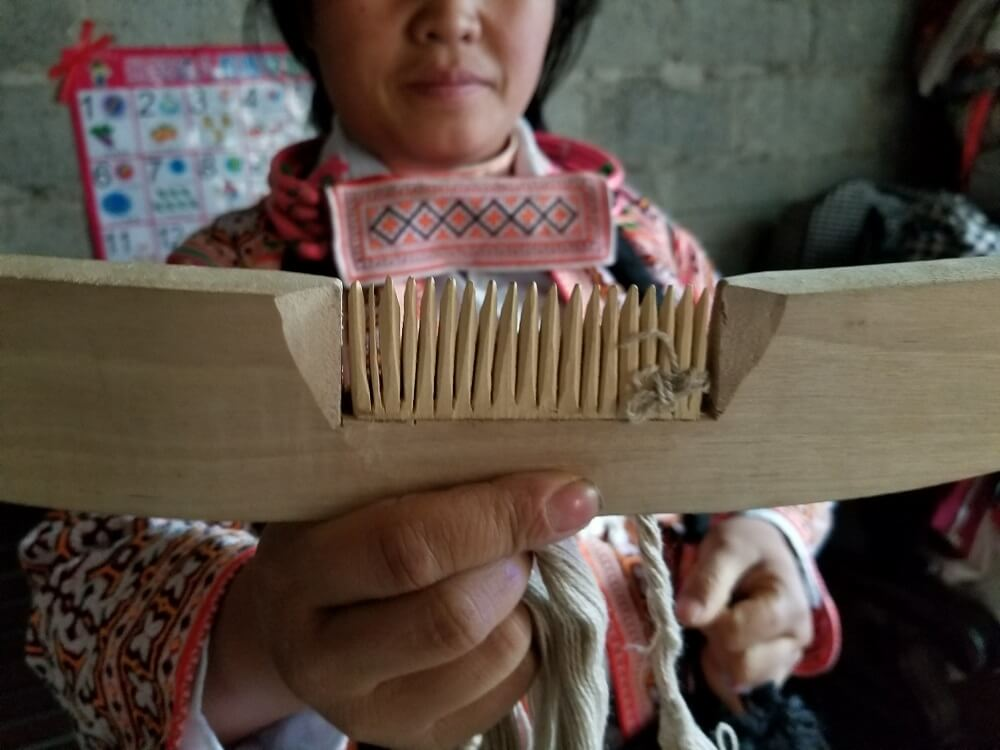 Longhorn Miao wood horned comb
