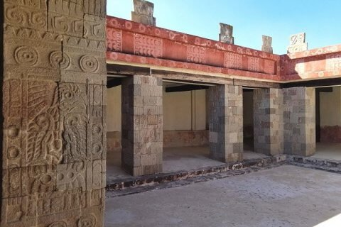 palacio de quetzalpaplotl